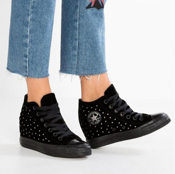 black wedge converse